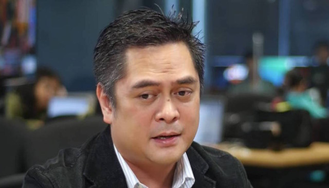 DISTANCING. Presidential Communications Secretary Martin Andanar distances himself from the controversial federalism jingle posted by Assistant Secretary Mocha Uson. Rappler file screenshot