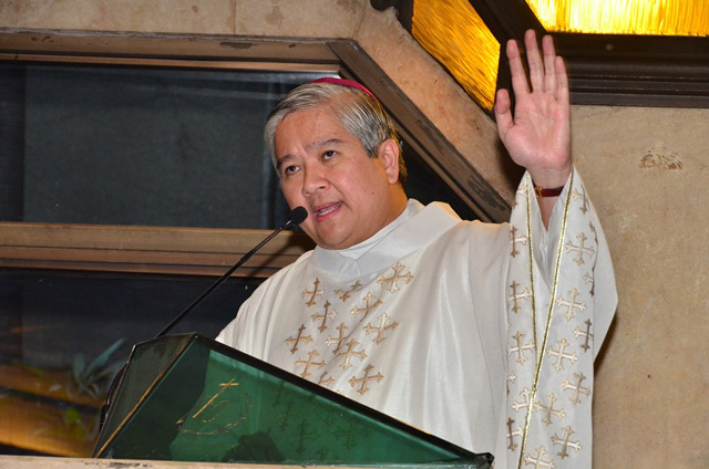 'NO TO ADVENTURISM.' Lingayen-Dagupan Archbishop Socrates Villegas, president of the Catholic Bishops' Conference of the Philippines, rejects 'extra-constitutional measures' in the face of public outrage. File photo by Noli Yamsuan/Archdiocese of Manila/CBCPNews
