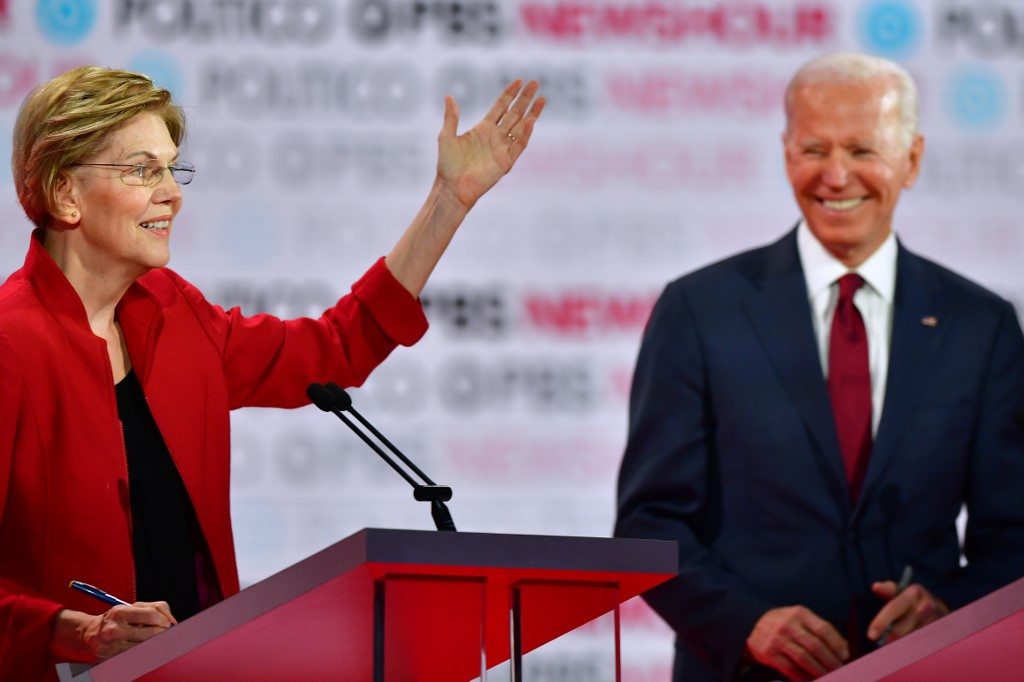 SIXTH DEBATE. Democratic presidential hopefuls former Vice President Joe Biden and Massachusetts Senator Elizabeth Warren participate in the sixth Democratic primary debate of the 2020 presidential campaign season on December 19, 2019. Photo by Frederic Brown/AFP
