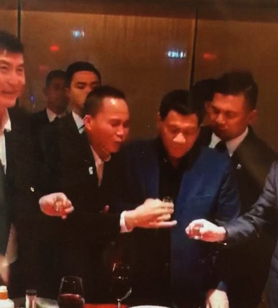 FUN. In this photo presented by Acierto, President Duterte is seen having fun with Michael Yang and other Chinese nationals.
