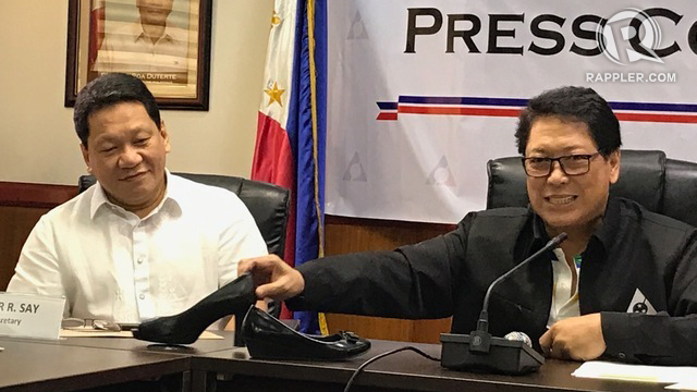 RESIGNATION. Labor Undersecretary for Employment and Policy Support Dominador Say (left) and Labor Secretary Silvestre Bello III in a press conference in August 2017. File photo by Patty Pasion/Rappler