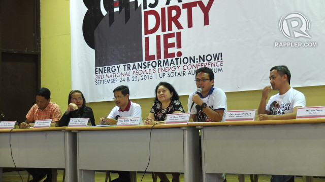 COAL WOES. Climate advocacy group Philippine Movement for Climate Justice wants the government to commit to less dependence on coal as part of its climate contribution. Photo by Pia Ranada/Rappler