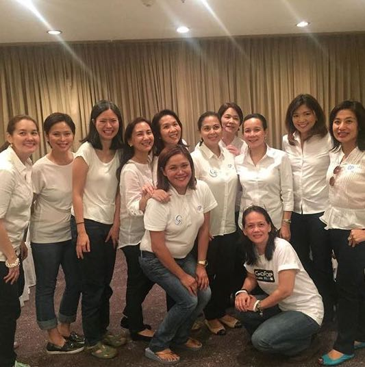 SUPPORTERS ALL. The ladies in full force at an event in Manila. Photo by Malu Gamboa