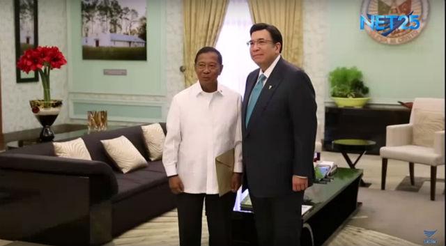 COURTESY CALL. Vice President Jejomar Binay with INC executive minister Eduardo Manalo on April 21. Screengrab from Eagle News