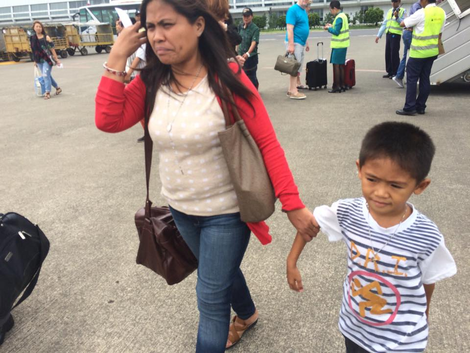 OFF TO SEE MARY JANE. Mary Jane Veloso's  youngest son Mark Darren, sister Marites Veloso-Laurente, and other relatives fly to Indonesia's execution island in Cilacap, Central Java on April 24 for what they fear might be their last reunion. Photo by Jet Damazo-Santos/Rappler