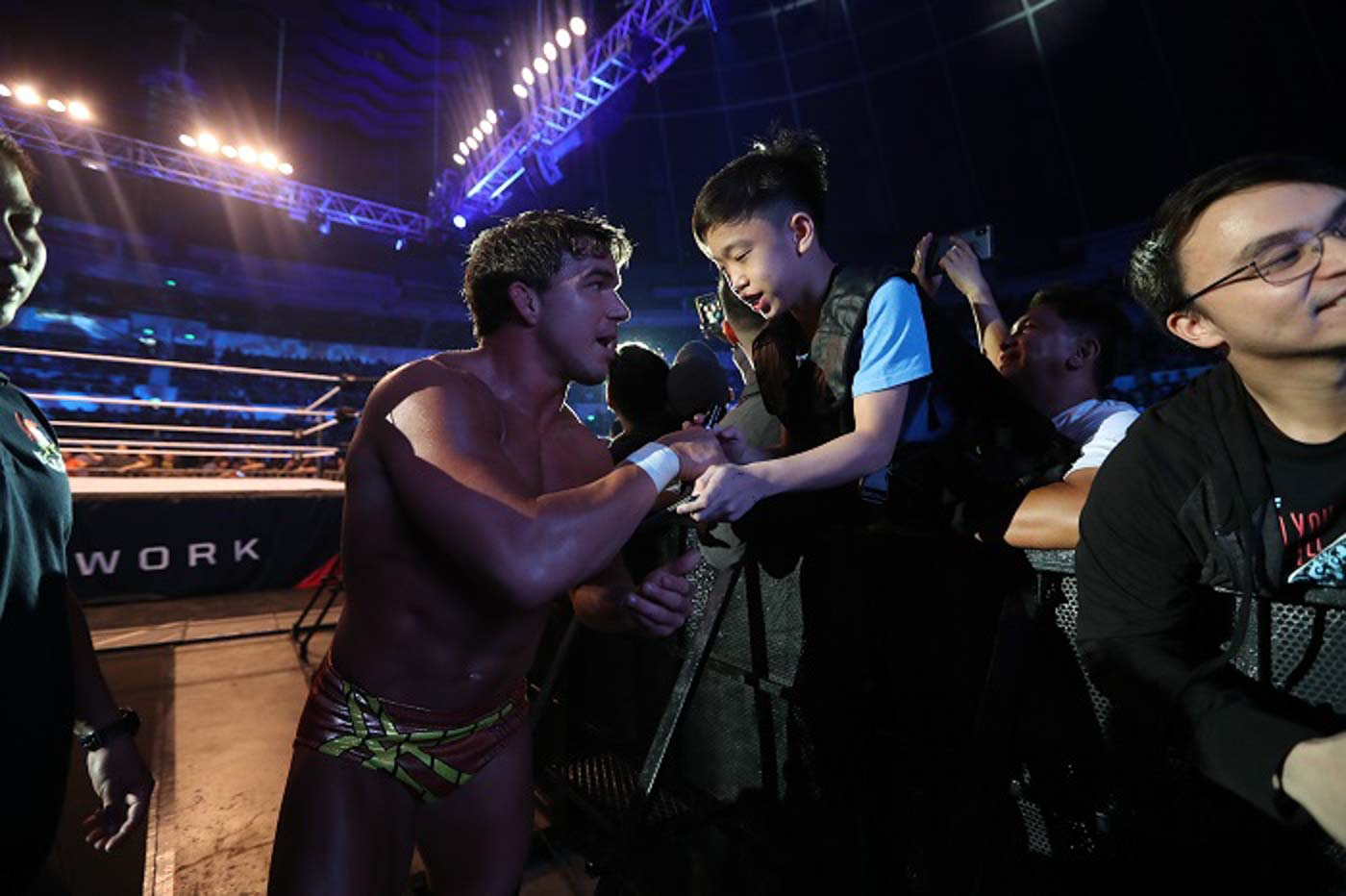 STARSTRUCK. Filipinos of all ages meet their favorite wrestlers. Photo from release