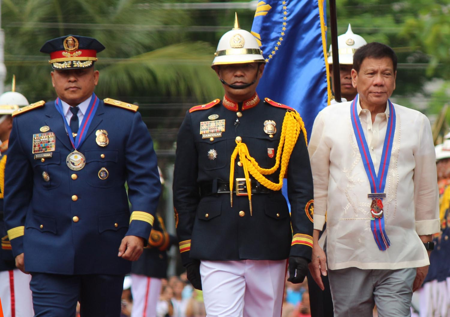 NEW BOSS. President Duterte with new PNP chief Ronald dela Rosa during turnover rites on July 1, 2016. Photo by Joel Liporada/Rappler