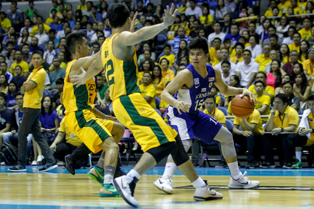 SHUTDOWN. Mac Belo played a big role in limiting Kiefer Ravena in their second-round encounter. Photo by Czeasar Dancel/Rappler