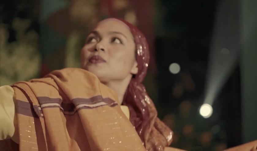 SAIMA. The role of Saima has earned the Best Actress award for Judy Ann Santos at the Metro Manila Film Festival Awards Night and the Cairo International Film Festival.
