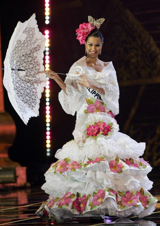 MARIA CLARA. Miss Philippines Universe 2005, Gionna Cabrera performs during the National costume competition in Bangkok, Thailand on May 25, 2005.  File photo by Pornchai Kittiwongsakul/AFP