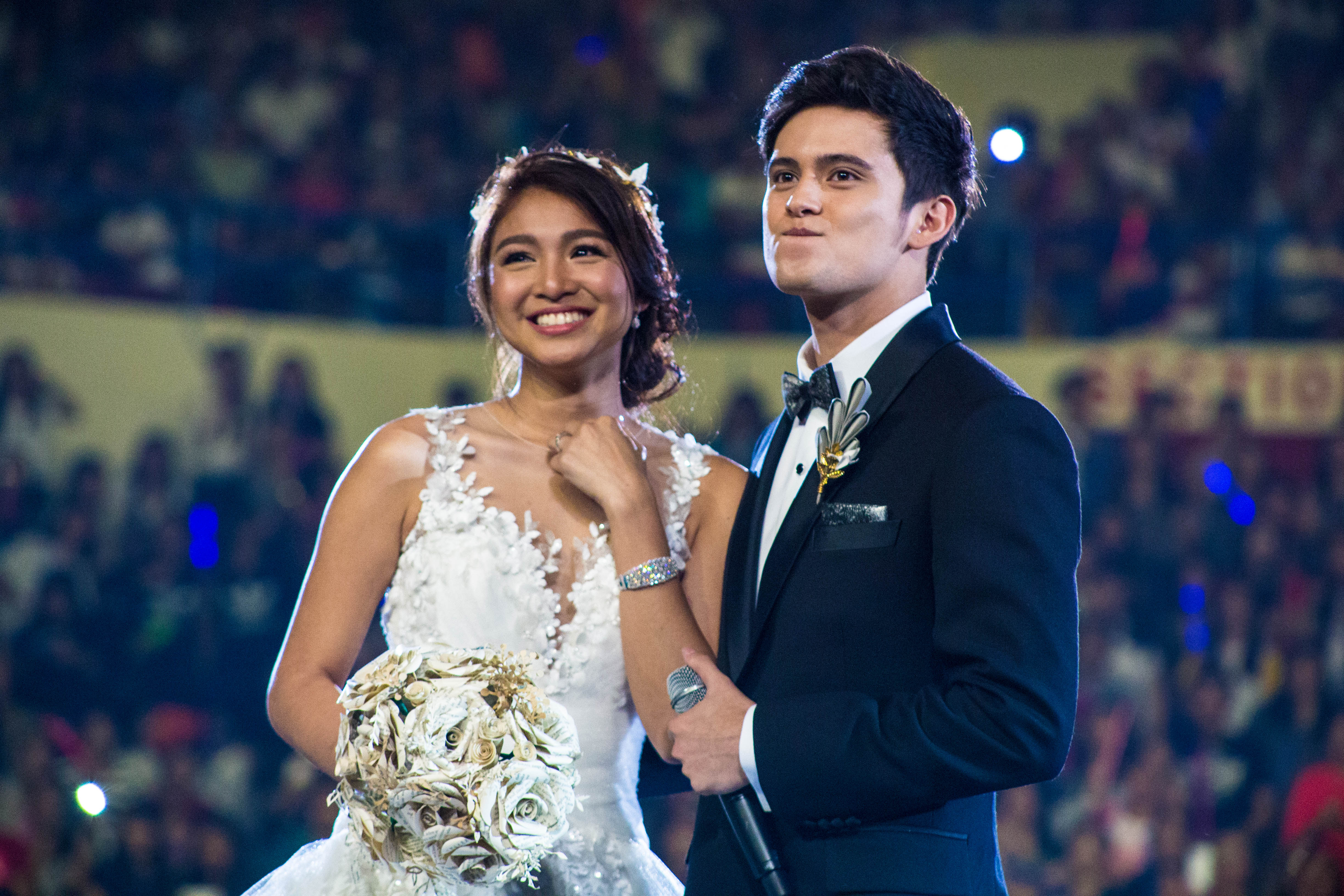 ENDGAME. Nadine Lustre and James Reid surprise fans at the live viewing party for the 'On The Wings of Love' finale in 2016. File photo by Paolo Abad/Rappler