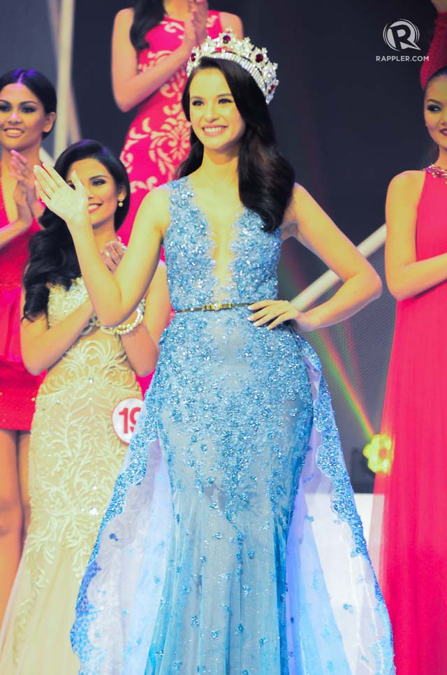 SUCCESSOR. Valerie Weigmann during the Miss World Philippines 2015 pageant night. File photo by Rob Reyes/Rappler