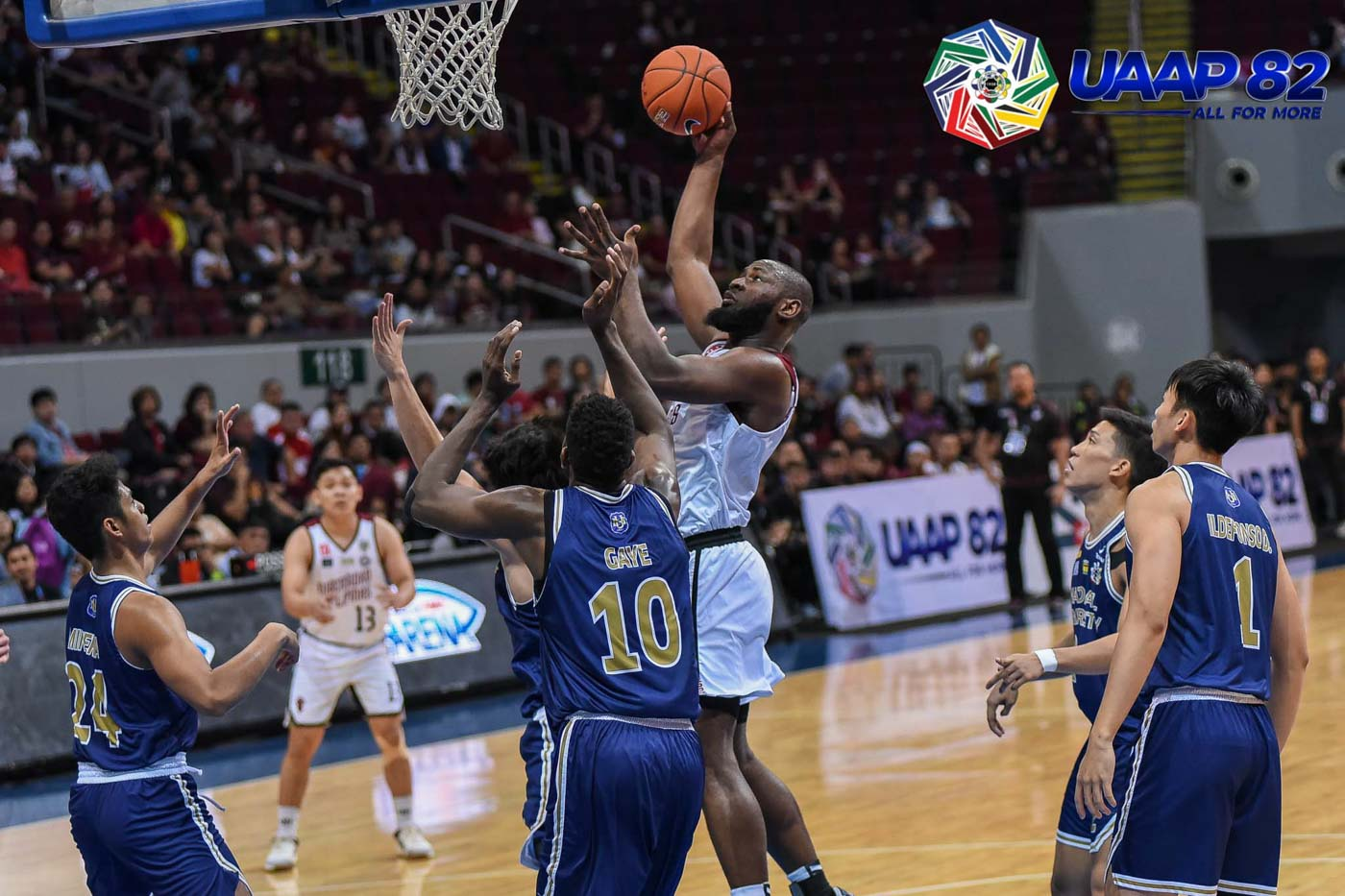 BIG BOOST. Reigning MVP Bright Akhuetie chips in 19 points for the Maroons. Photo release