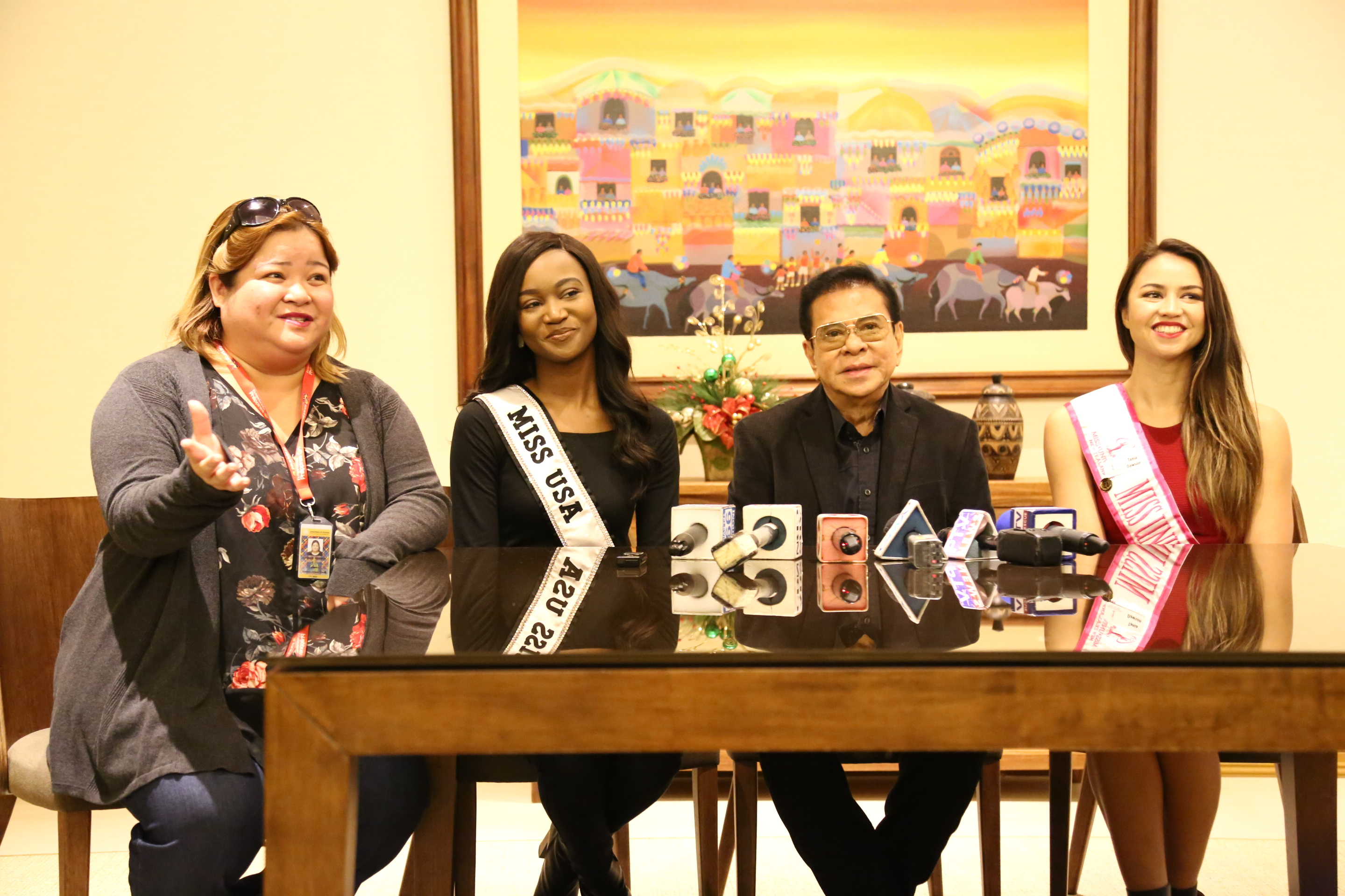 Tourism Undersecretary Katherine de Castro introduces Miss USA Deshauna Barber, Gov. Luis 'Chavit' Singson, and Miss New Zealand, half Filipina Tania Pauline Dawson, earlier today during the media briefing at the NAIA Terminal 1. Photo courtesy of the Department of Tourism