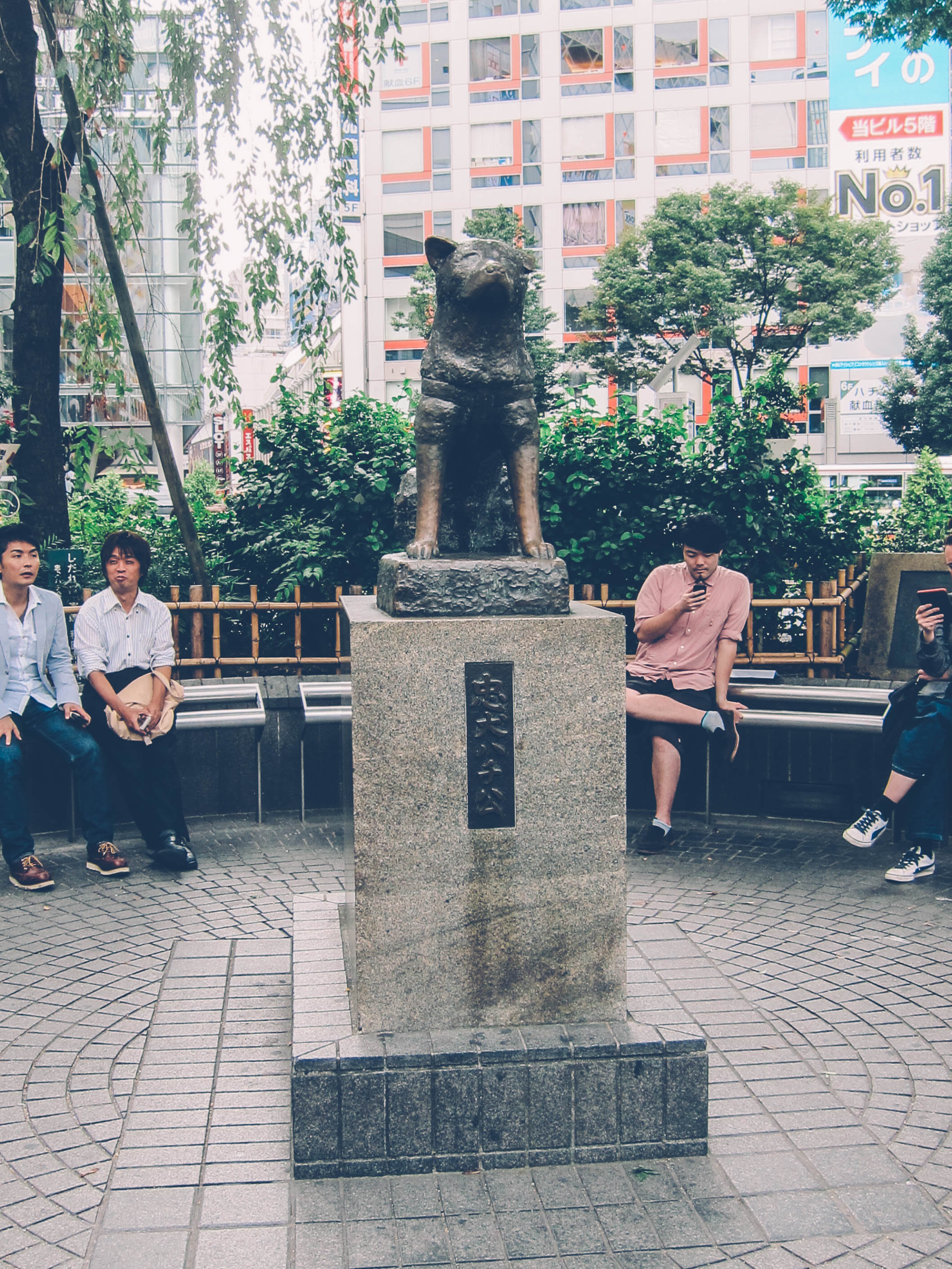 HACHIKO. A statue dedicated to the 'World's Most Loyal Dog.' at the Shibuya Station. Photo by Wyatt Ong/Rappler