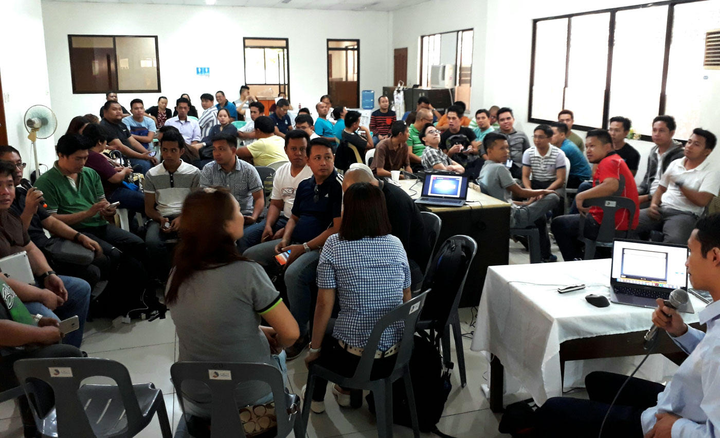 TRAINING. Sixty teachers from the Visayas undergo two-day training on cybersecurity at Department of Information and Communications Technology (DICT)-Negros Occidental office in Bacolod City. Photo by Marchel P. Espina