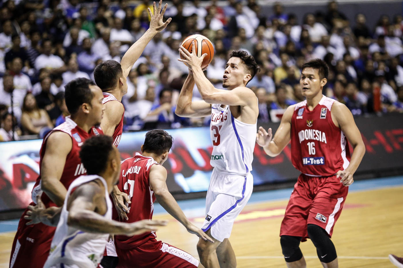 SHOOTING STROKE. Matthew Wright has his shooting stroke going in the last couple of games. Photo by Josh Albelda/Rappler