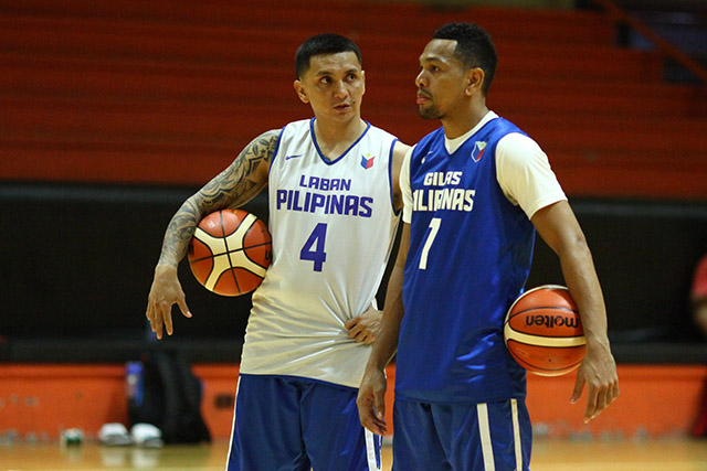 MENTORS. Terrence Romeo is learning from the best under the wings of Jimmy Alapag (left) and Jayson Castro. Photo by Josh Albelda/Rappler