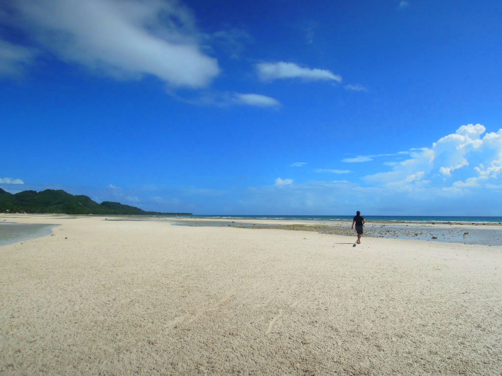 PRISTINE AND POWDERY. Quinale Beach in Anda has fine white sand comparable to Boracay's and Panglao'u0080u0099s. Photo by Ros Flores