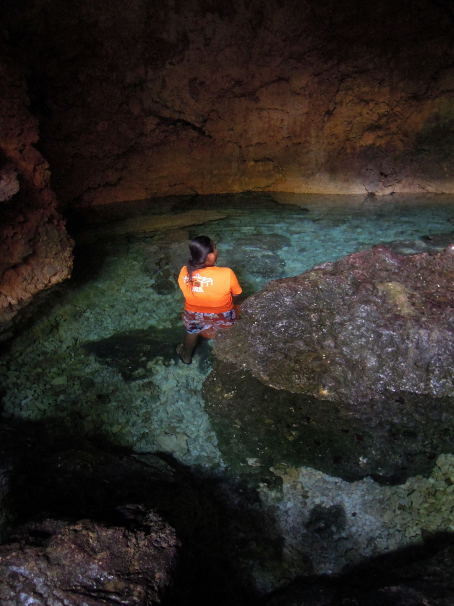 CAVE POOL. Combento Cave has clear shallow waters you can easily wade through. Photo by Ros Flores