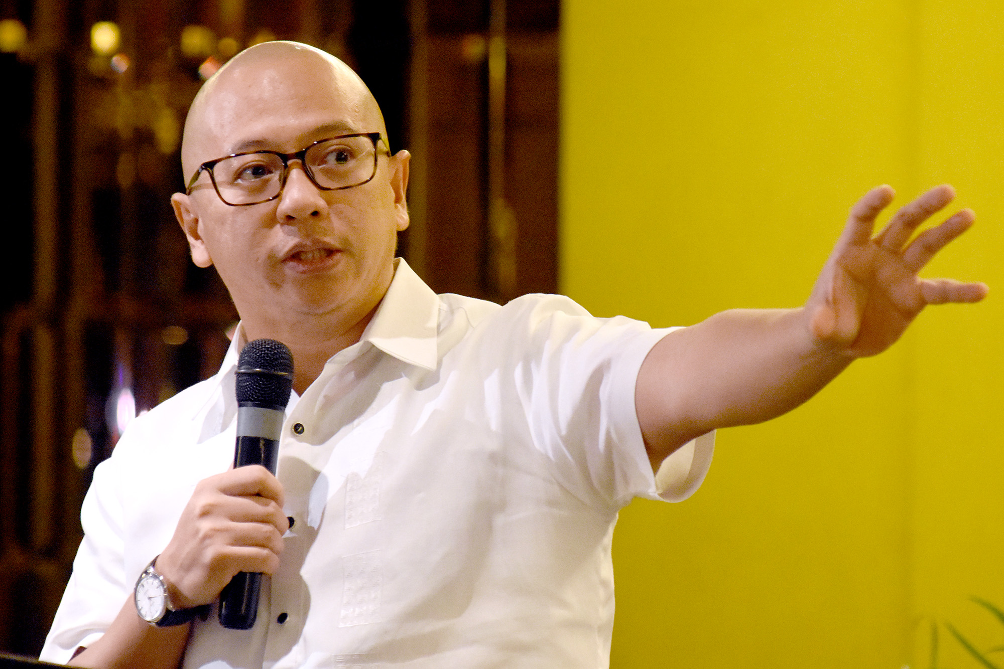 EX-SOLICITOR GENERAL. Lawyer Florin Hilbay speaks at the 'Kasarinlan' foreign policy forum on July 9, 2018. Photo by Angie de Silva/Rappler
