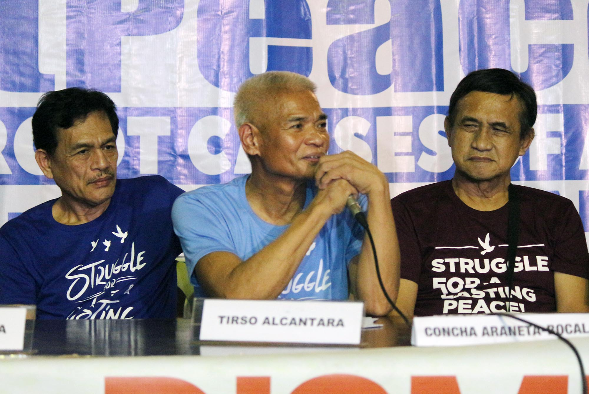 FREE. Freed political prisoners (from left) Reynante Gamara, Tirso Alcantara and Adelberto Silva hold a press conference at the social hall of the Episcopal Mission Center in Quezon City on August 18, 2016. Photo by Joel Liporada/Rappler