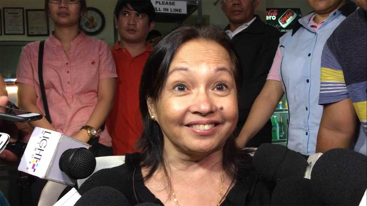 NO NECK BRACE. Former president Gloria Arroyo grants a media interview on August 10, 20 days after her release from hospital arrest. Photo by Mara Cepeda