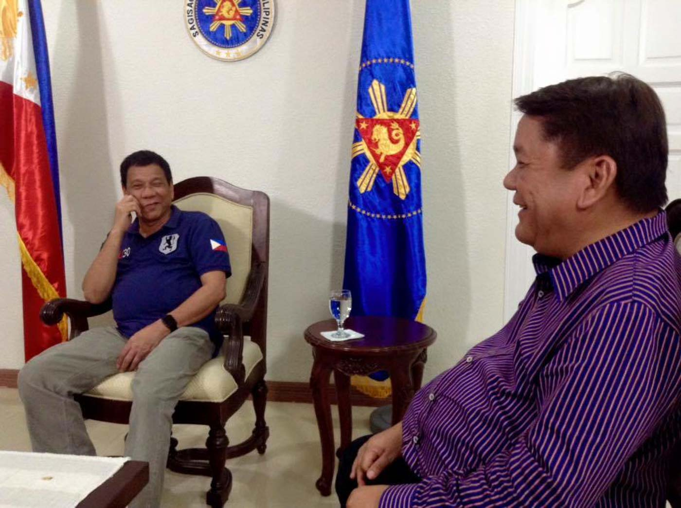 PALS NO MORE? Osmeu00f1a shares a light moment with Duterte in a one-on-one meeting in October 2016. Photo courtesy of Osmeu00f1a