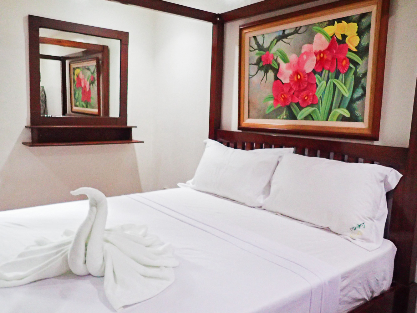 FOR OVERNIGHT STAYS. Luljettau0080's Bed and Breakfast has rooms like this for overnight spa guests.
