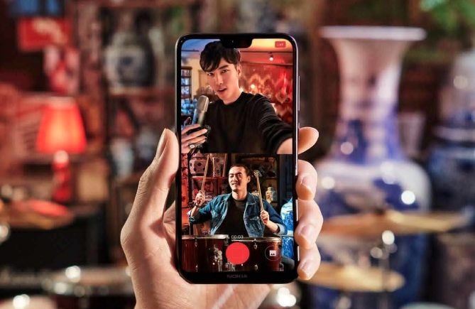 BOTHIE. The X6 will also have the 'bothie' feature, introduced by Nokia in the Nokia 8. Photo from HMD Global/Nokia