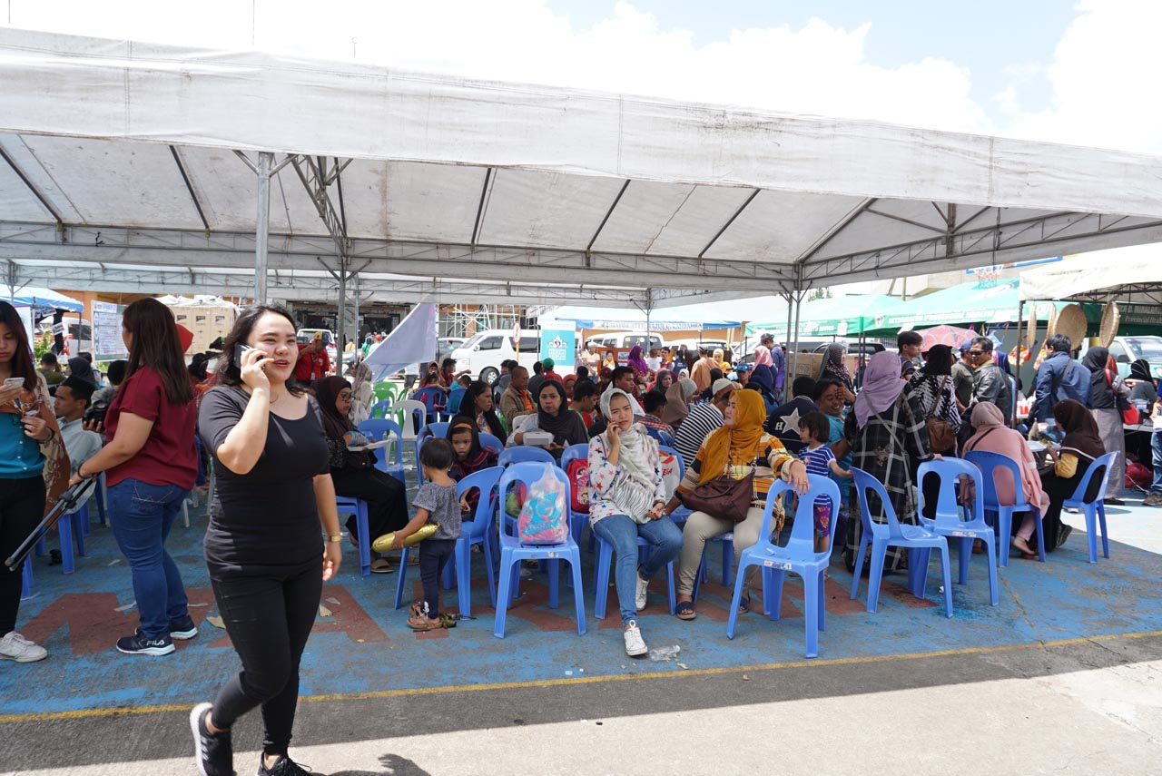 AID. The Marawi City government launched the 14th Kawiyagan Livelihood Distribution on October 16, 2017. Photo by Carmela Fonbuena/Rappler