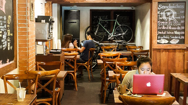 WHERE TO GO FOR WI-FI? This is Epic, along East Capitol Drive. All photos by Wyatt Ong/Rappler