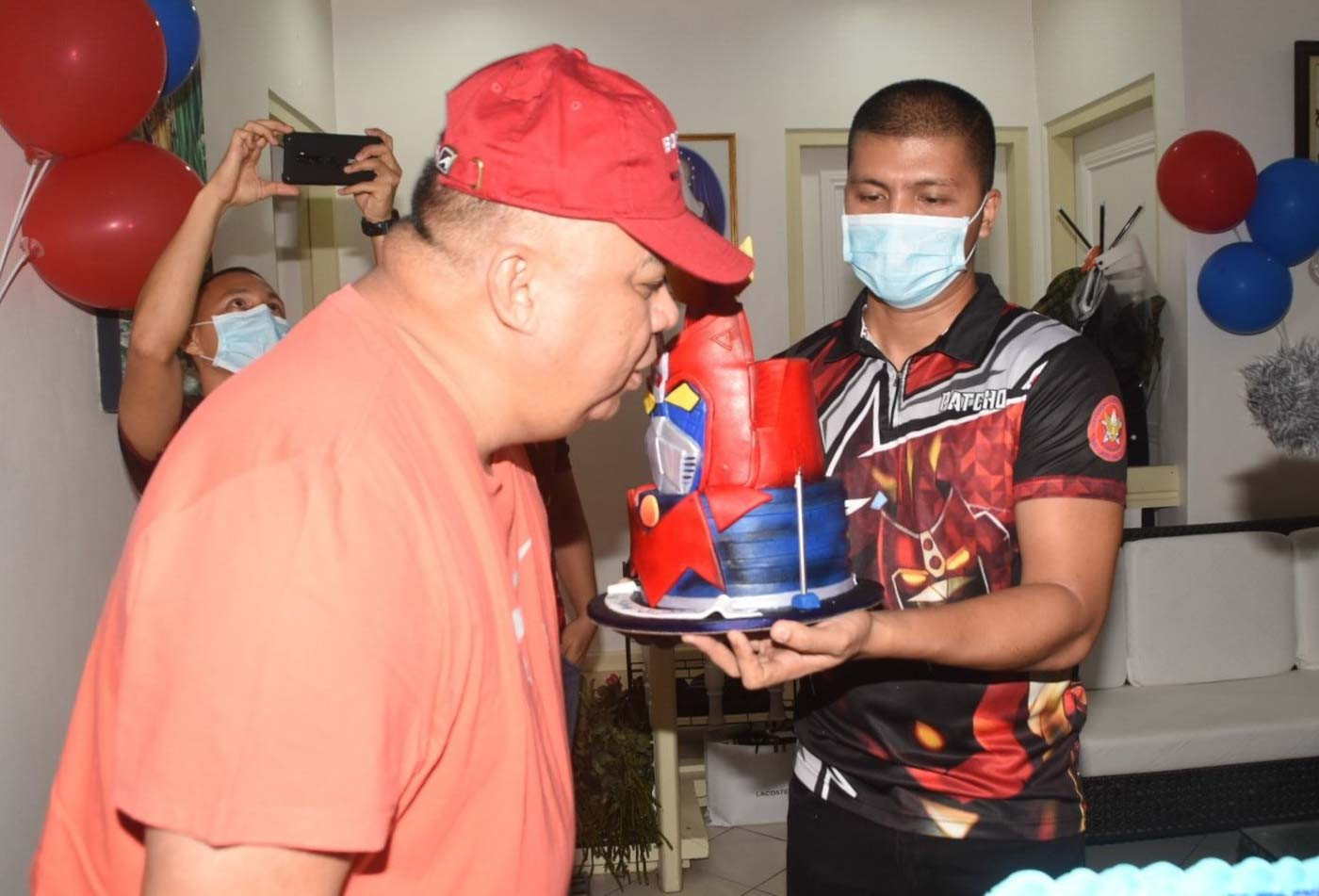 VOLTES 5. NCRPO chief Major General Debold Sinas blows out the candle on his special birthday cake on May 8, 2020. NCRPO photos.