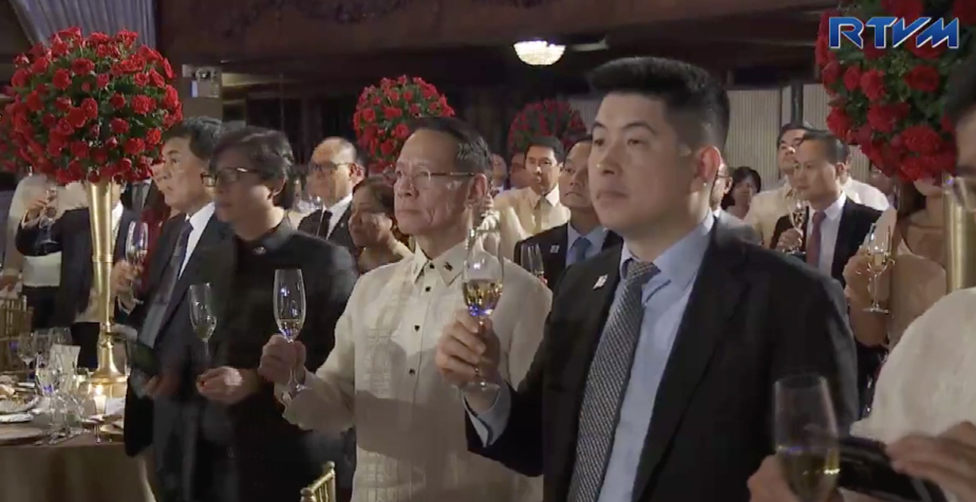 CHINA CONNECTION. Filipino-Chinese businesspersons, Cabinet members, diplomats, and influential Chinese nationals are among the state banquet guests. Screenshot from RVTM