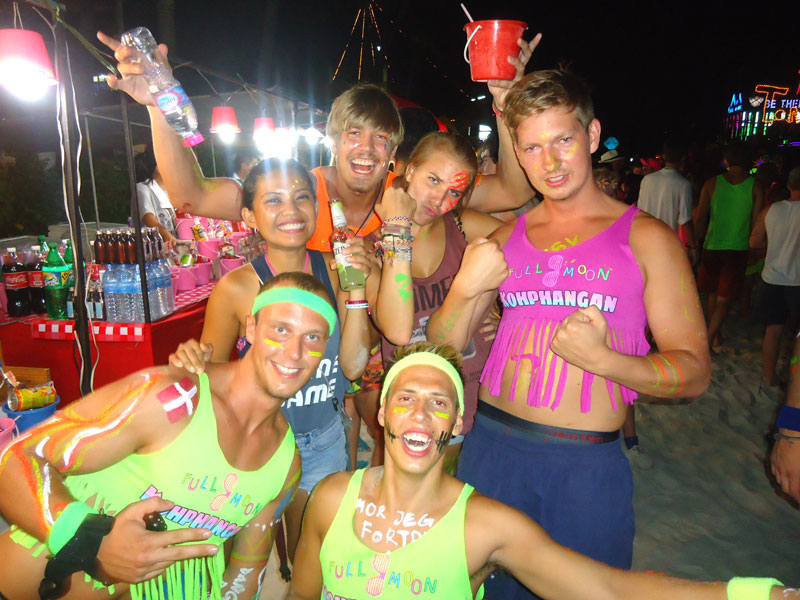 FULL MOON PARTY. Young and free at a Full Moon party in Koh Pah Ngan, Thailand