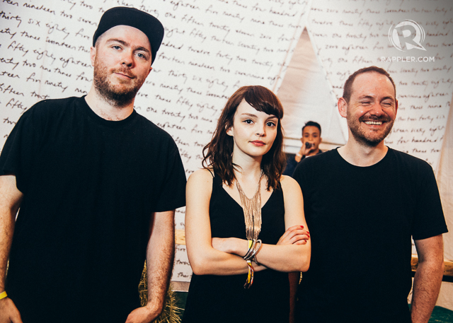 CHVRCHES. Left to right: Martin Doherty, Lauren Mayberry, and Iain Cook at a press conference in Laneway Singapore 2016. File photo by Paolo Abad/Rappler