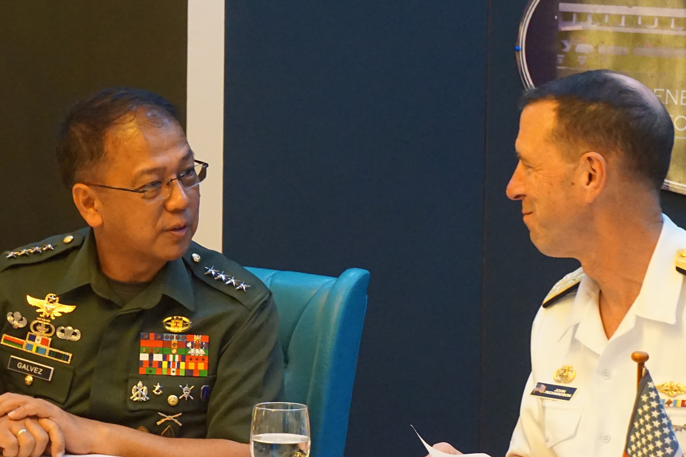 IRON-CLAD ALLIANCE. Armed Forces of the Philippines chief of staff General Carlito Galvez Jr and US chief of naval operations Admiral John Richardson hold a joint press conference while Chinese Foreign Minister Wang Yi is in Manila on October 29, 2018. Photo by Carmela Fonbuena/Rappler