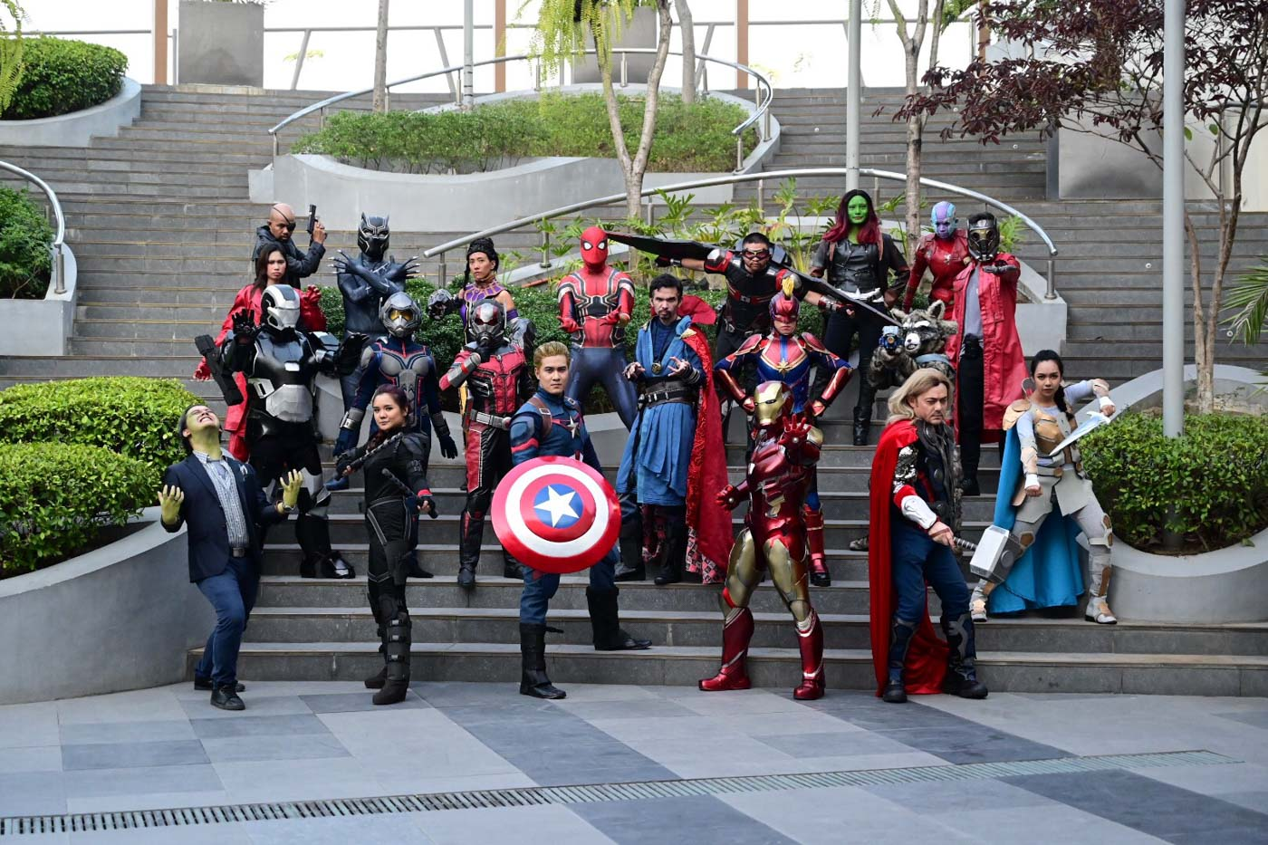 COSPLAY. Marvel Cinematic Universe Fans met the cosplayers of cast of the Avengers: Endgame during the filmu2019s opening day at Ayala Circuit Makati, April 24, 2019. Both kids and adults came in wearing their novelty Marvel shirts eager to watch the film early. Photo by Alecs Ongcal/Rappler
