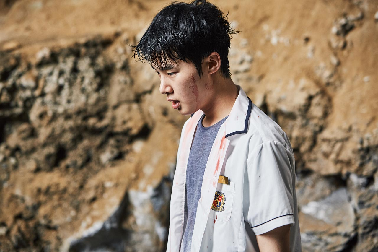 EXTRACURRICULAR. Kim Dong Hee plays a student-turned-criminal in the new series. Photo courtesy of Netflix