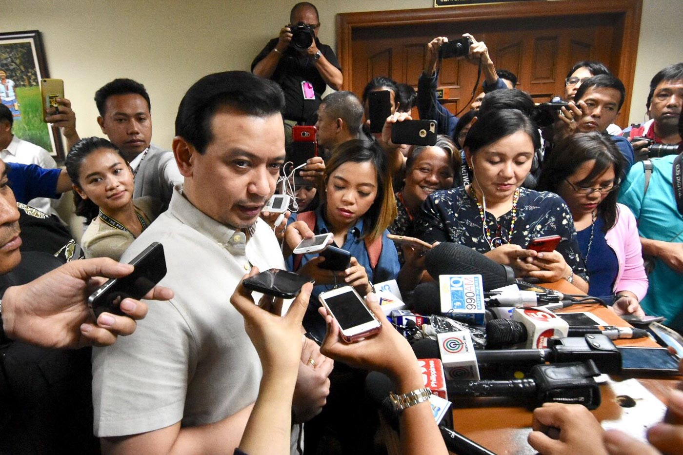 NEWSMAKER. Senator Antonio Trillanes IV holds a press briefing on October 22, 2018, on the decision of Judge Andres Soriano to deny the DOJ's request to issue an arrest warrant. File photo by Angie de Silva/Rappler