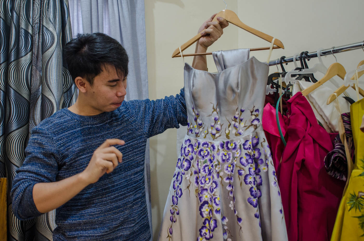 HANDPAINTED. Jearson shows the dress Catriona wore during her meeting with Princess Sirivannavari Nariratana. The princess was the designer of the Miss Universe swimsuits.