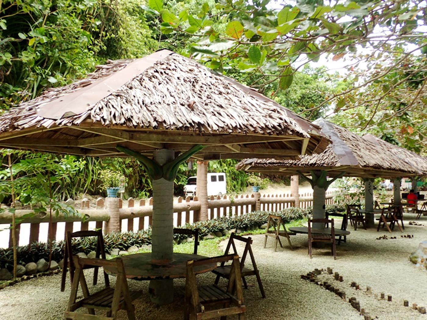REST AREAS. Cottages are just for waiting and resting. Food is not allowed here. Photo by Claire Madarang/Rappler