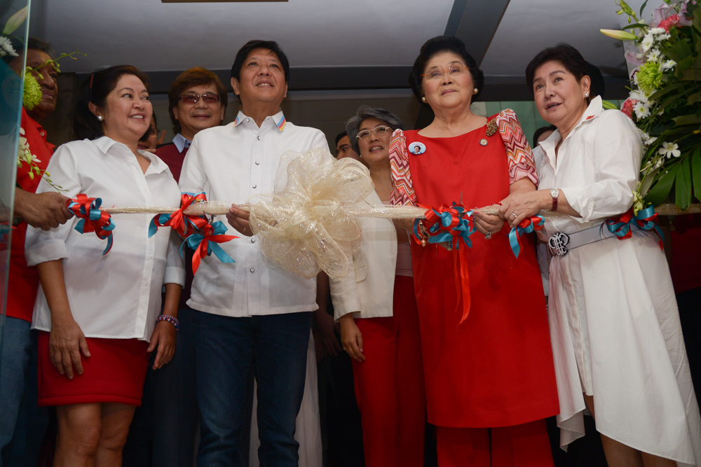 FAMILY SCION. Vice Presidential candidate Ferdinand 'Bongbong' Marcos during the ribbon cutting and blessing of their newly opened head quarters along EDSA-Mandaluyong on Thursday, Feb.18. Photo by Jasmin Dulay