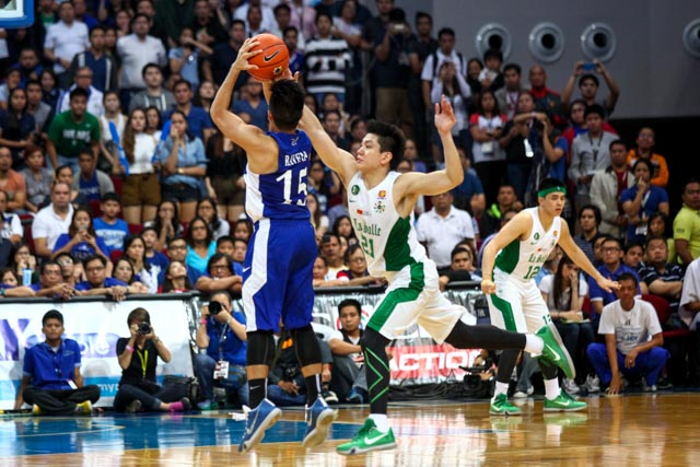 DEFENSIVE ARCHER. Jeron Teng helped force Kiefer Ravena to a troublesome second half.