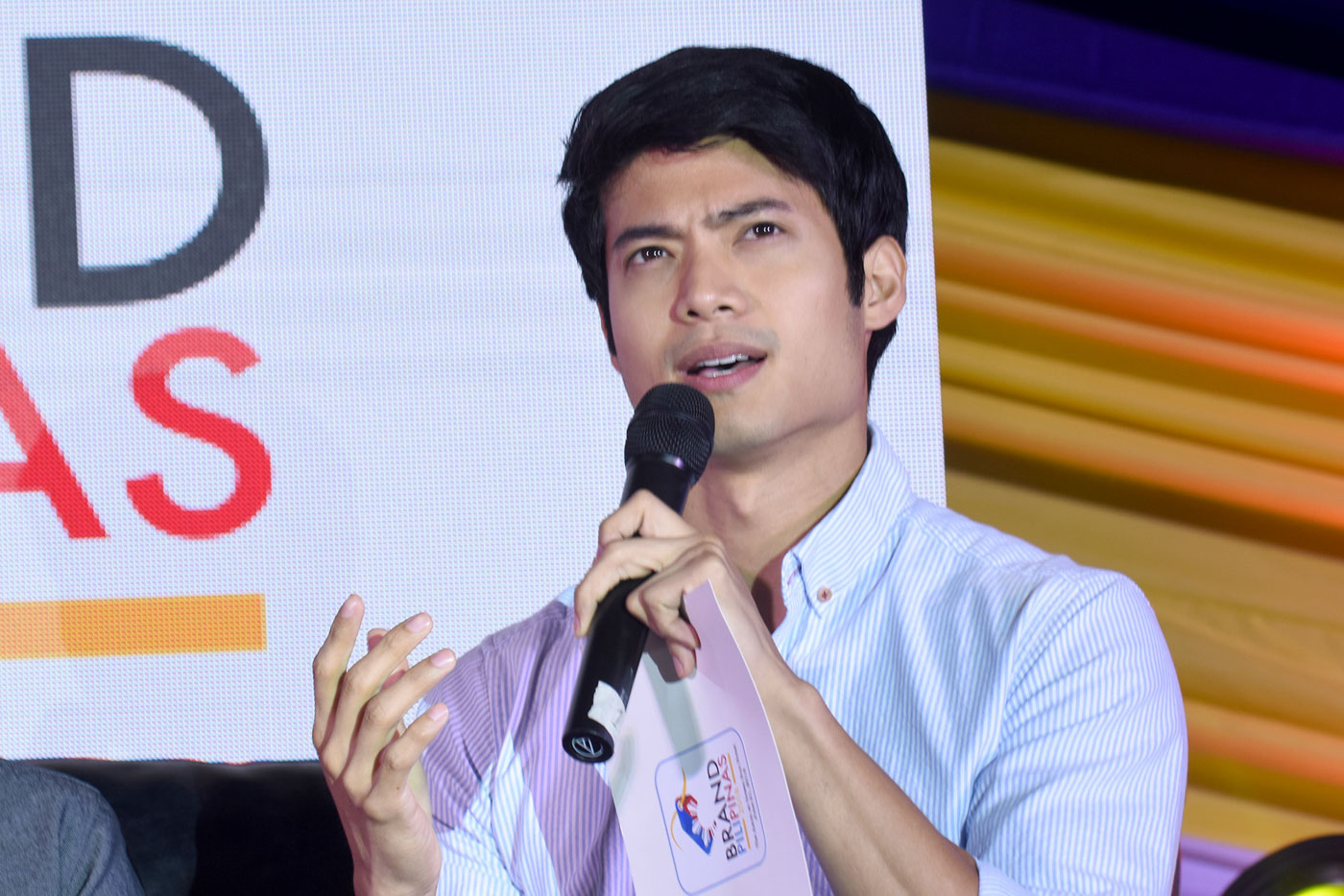 CELEBRITY GUESTS. Jasmine Curtis-Smith and Mikael Daez joined in as co-moderators for the event's last panels. Photo by Angie de Silva/Rappler