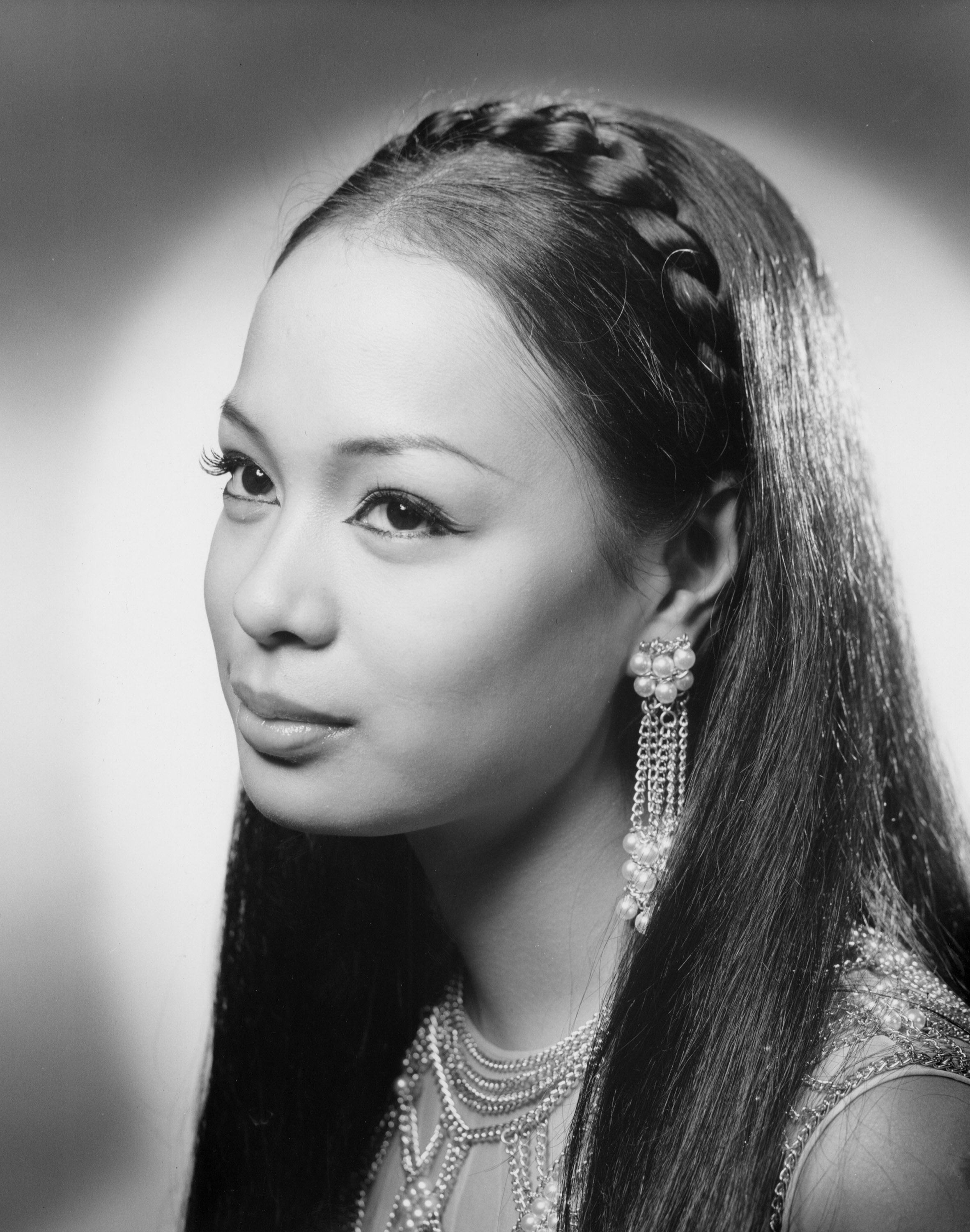 LONG LIVE QUEEN GLORIA. Gloria Diaz in a profile shot for Miss Universe in 1969. Photo from Miss Universe Organization