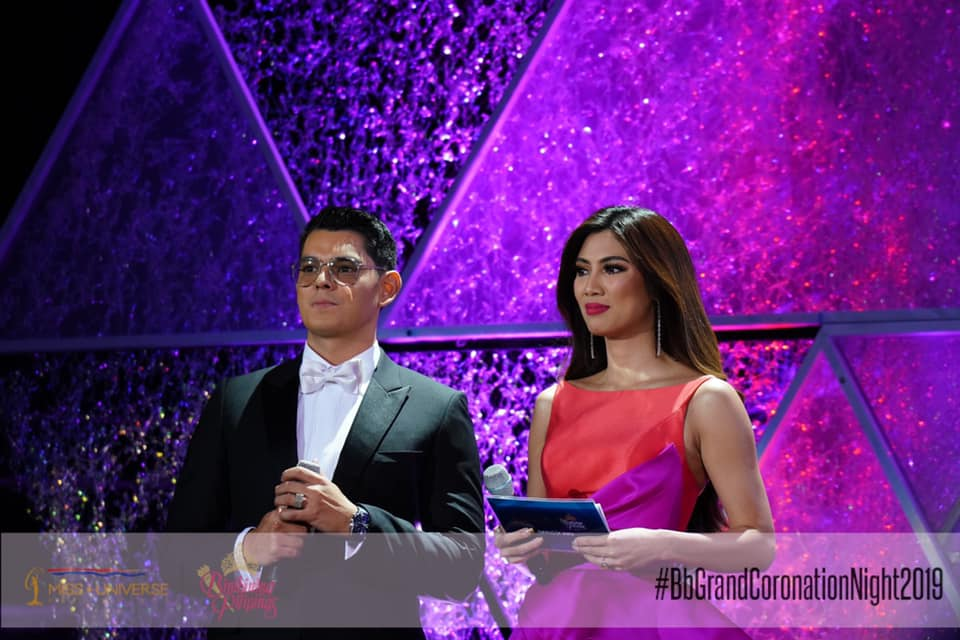 EXCELLENT HOST. Nicole Cordoves with Richard Gutierrez during the pageant. Photo from Bb Pilipinas