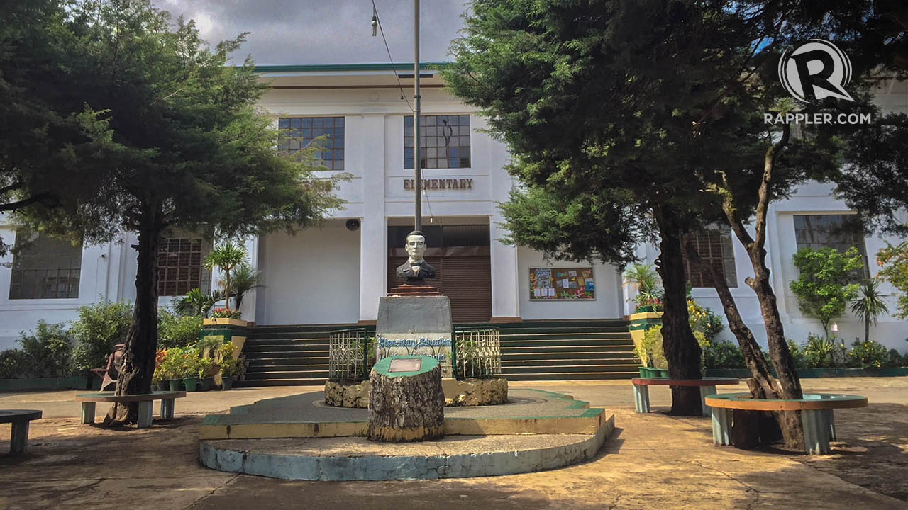 SUMMER SESSION. The Supreme Court used to hold its sessions in this building that is now the Quezon Elementary School. Photo by Lian Buan/Rappler