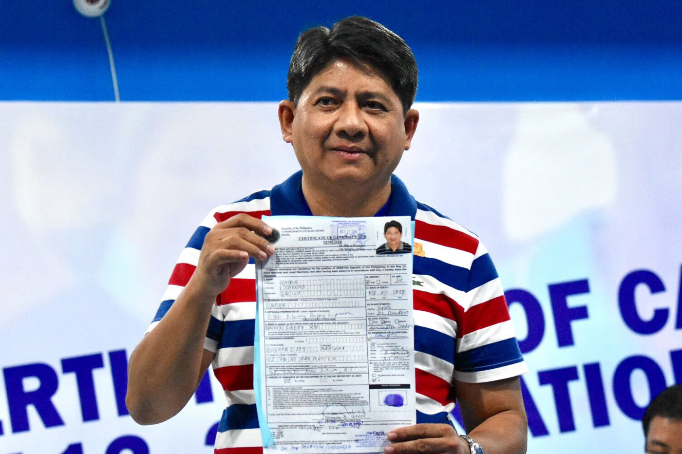 Atty. Larry Gadon files his Certificate of Candidacy at the Comelec office in Manila on October 12, 2018. Photo by Angie de Silva/Rappler