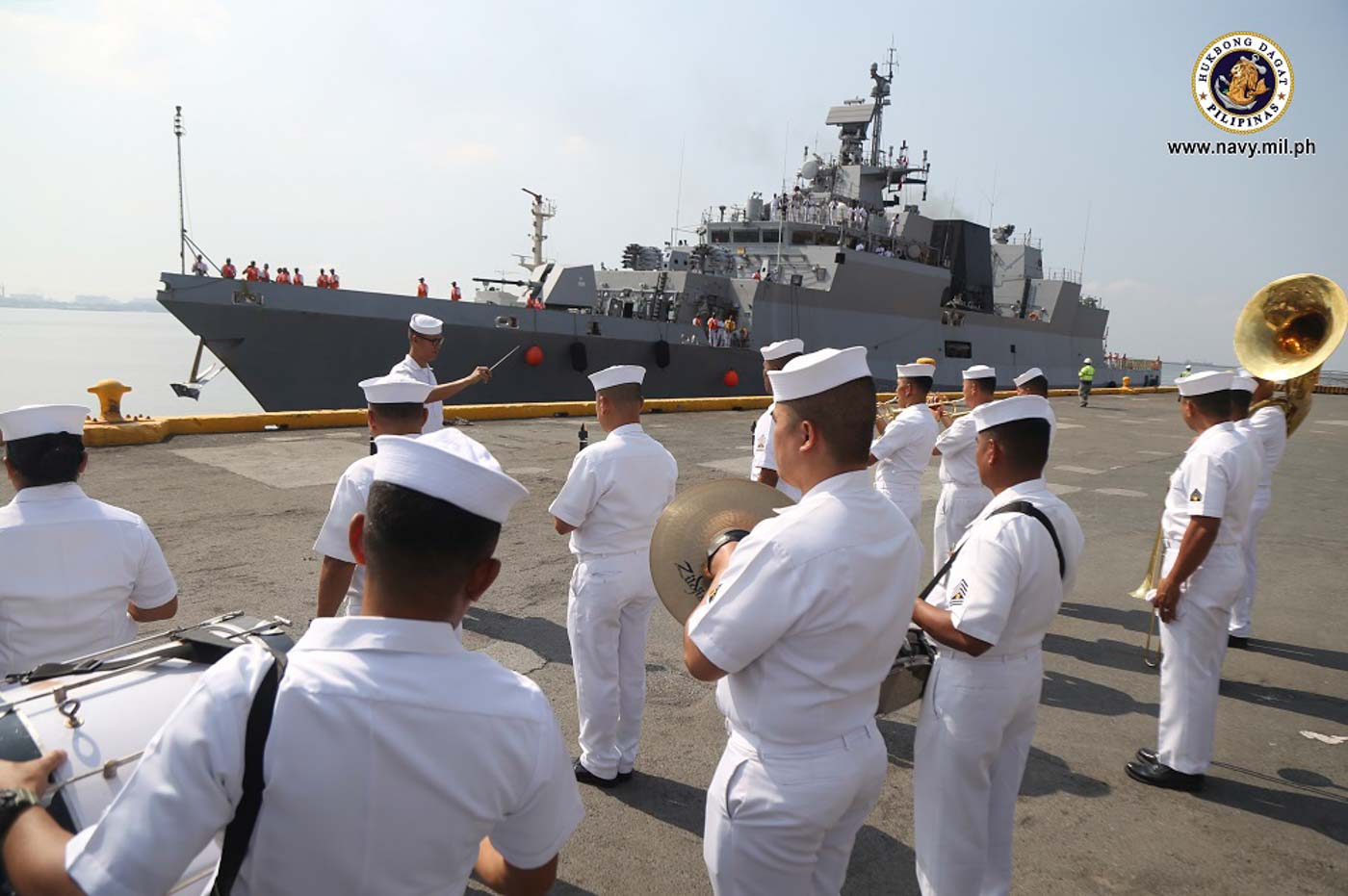 FRIENDLY VISIT. The Philippine Navy welcomes the Indian Navy ships Sahyadri and Kiltan at the Port of Manila on Wednesday, October 23, 2019. Photo from the Philippine Navy
